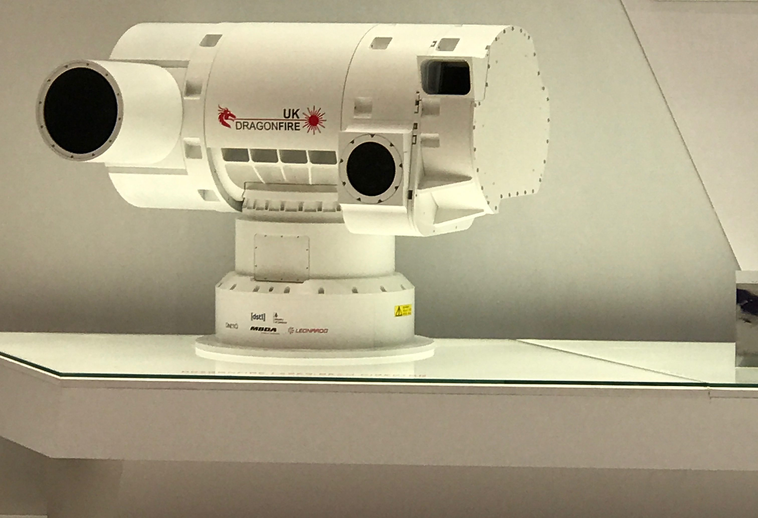 SEARCH TEAM FINDS LASER WEAPON SYSTEM AT ARMS FAIR post image